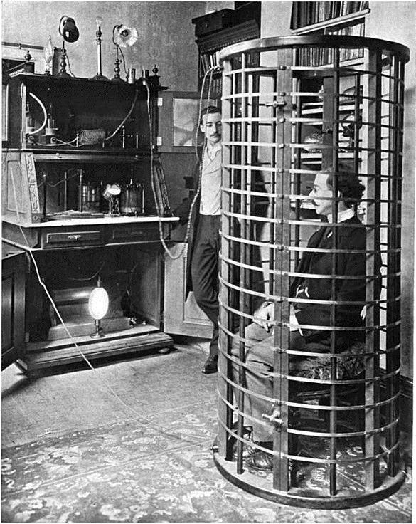 A Tesla coil zapped electric currents through the metal cage while the patient benefitted from the electrotherapy. Photo credit: Wikimedia Commons