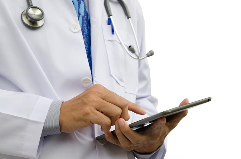 Electronic health records can be a mean to encourage doctor-patient collaboration as well as enhancing patient activation during the consultation.
