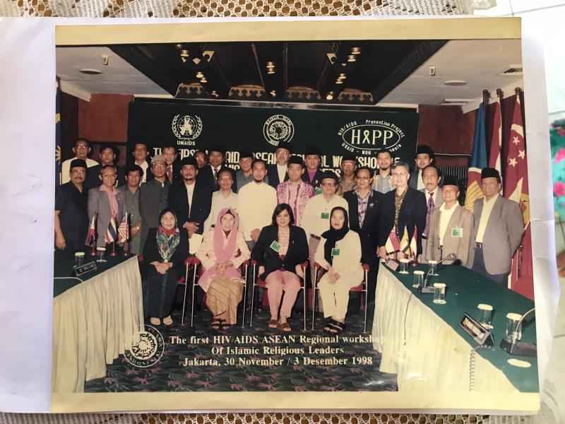 Matron Fadzilah at the first HIV/AIDS ASEAN Regional Workshop of Islamic Religious Leaders in 1998. Photo credit: Matron Fadzilah