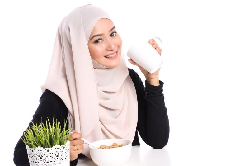 fasting period of Ramadan, balanced diet