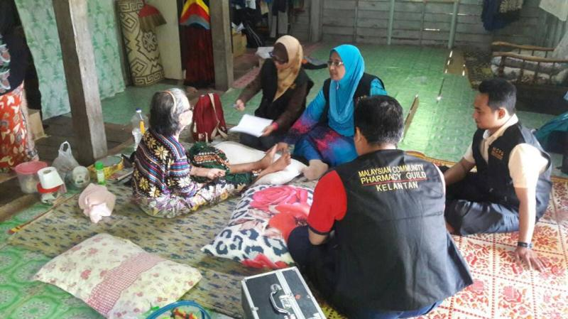 Pharmacists through the state network collaborate on Home Medication Review (HMR) in rural villages.